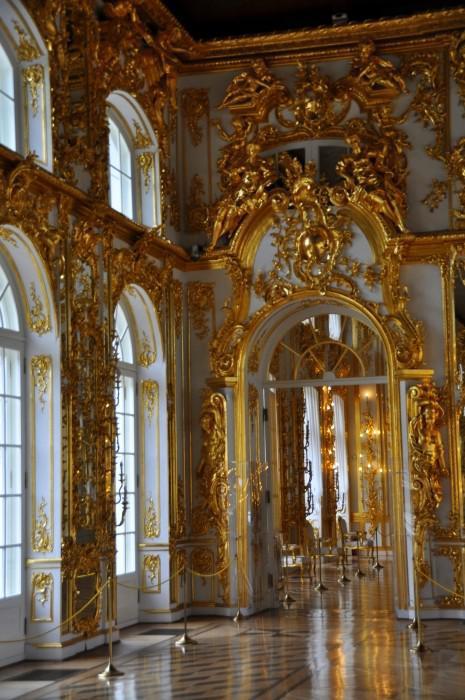 ... Cárske Selo - interiér paláca je nádherný a okázalý ... 13a7b204612